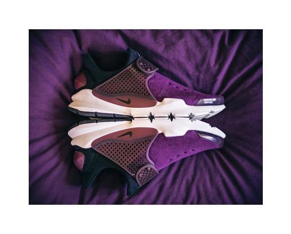 Unisex 834669-501 Nike Sock Dart  Fleece Mulberry/Schwarz-Weiß Schuhe