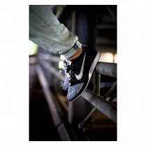 Nike Flyknit Racer 526628-002 Unisex Schwarz Weiß Schuhe