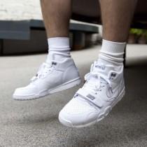 Schuhe Herren Fragment Design X Nikecourt Air Trainer 1 Mid Premium Sp Weiß/Weiß-Wolf Grau 806942-110